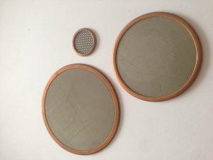 Eingefasste Siebronden mit Kupferfassung